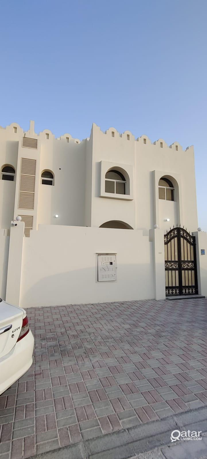 6 BHK Stand-alone Villa For Rent - Ainkhalid