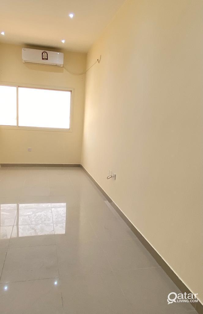 No Commission! 1BHK Flat in Ain Khaled Near 01 MAL