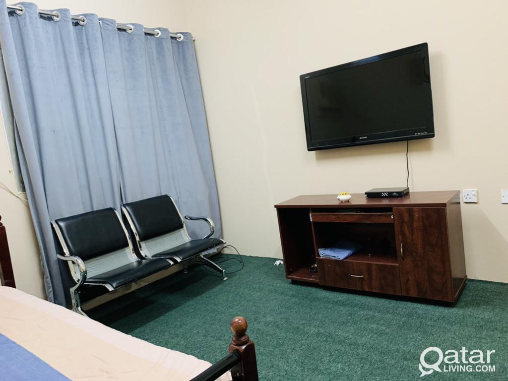 FULLY FURNISHED ROOM FOR RENT!!!!