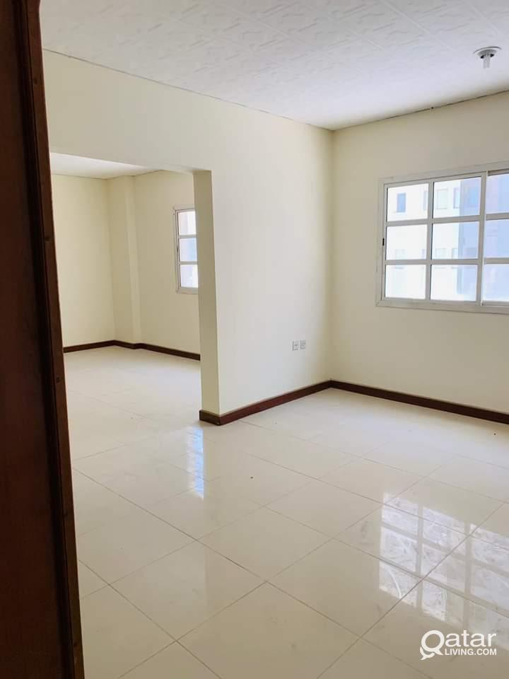 One bhk family flat for rent in new wakra near by