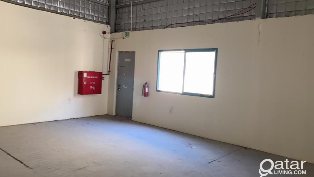 FOOD STORE 1000 SQUARE METER WITH 4ROOMS  FOR RENT