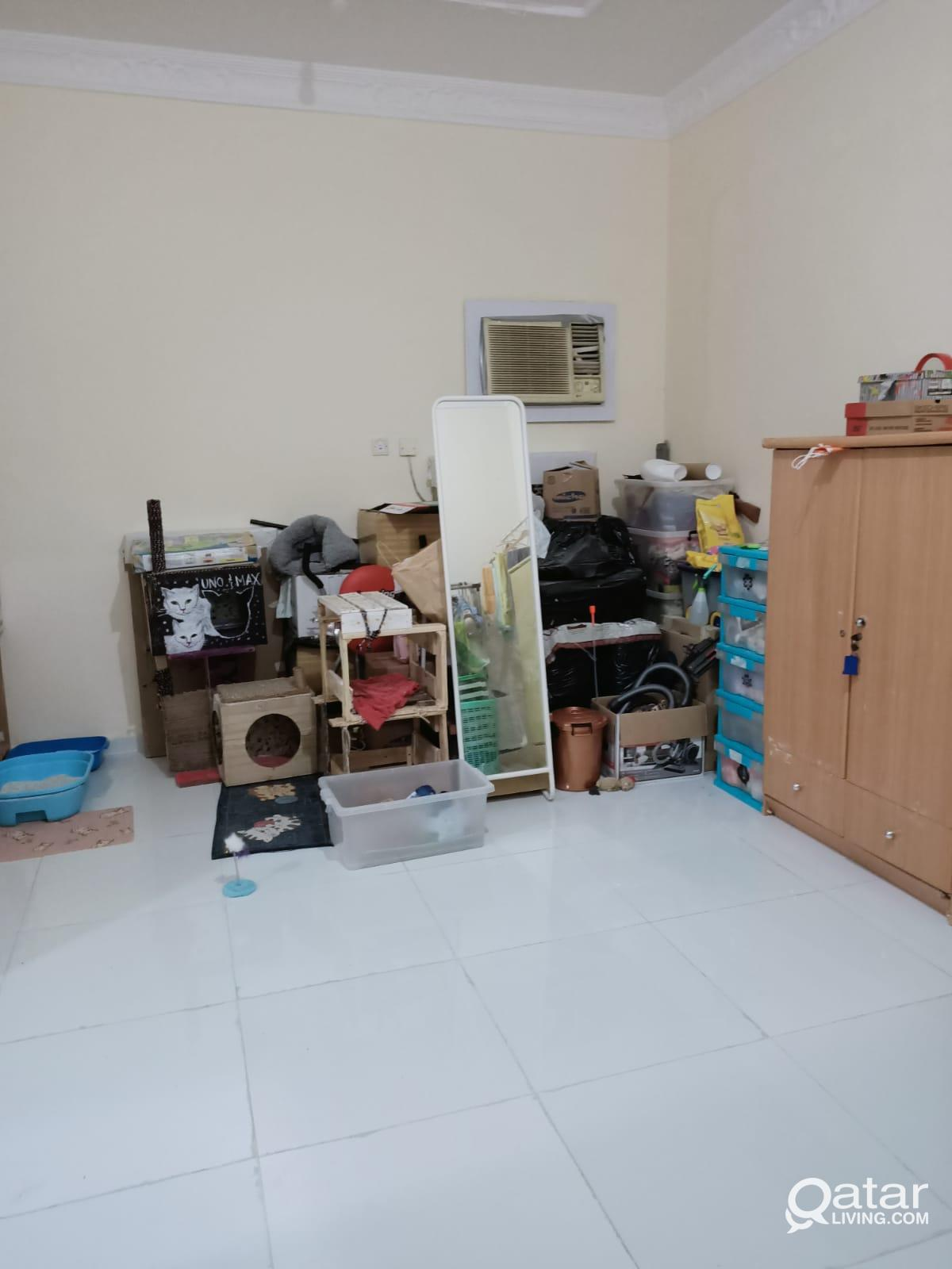 1BHK AVAILABLE FOR FAMILY OLD AIRORT ROAD  MATAR Q