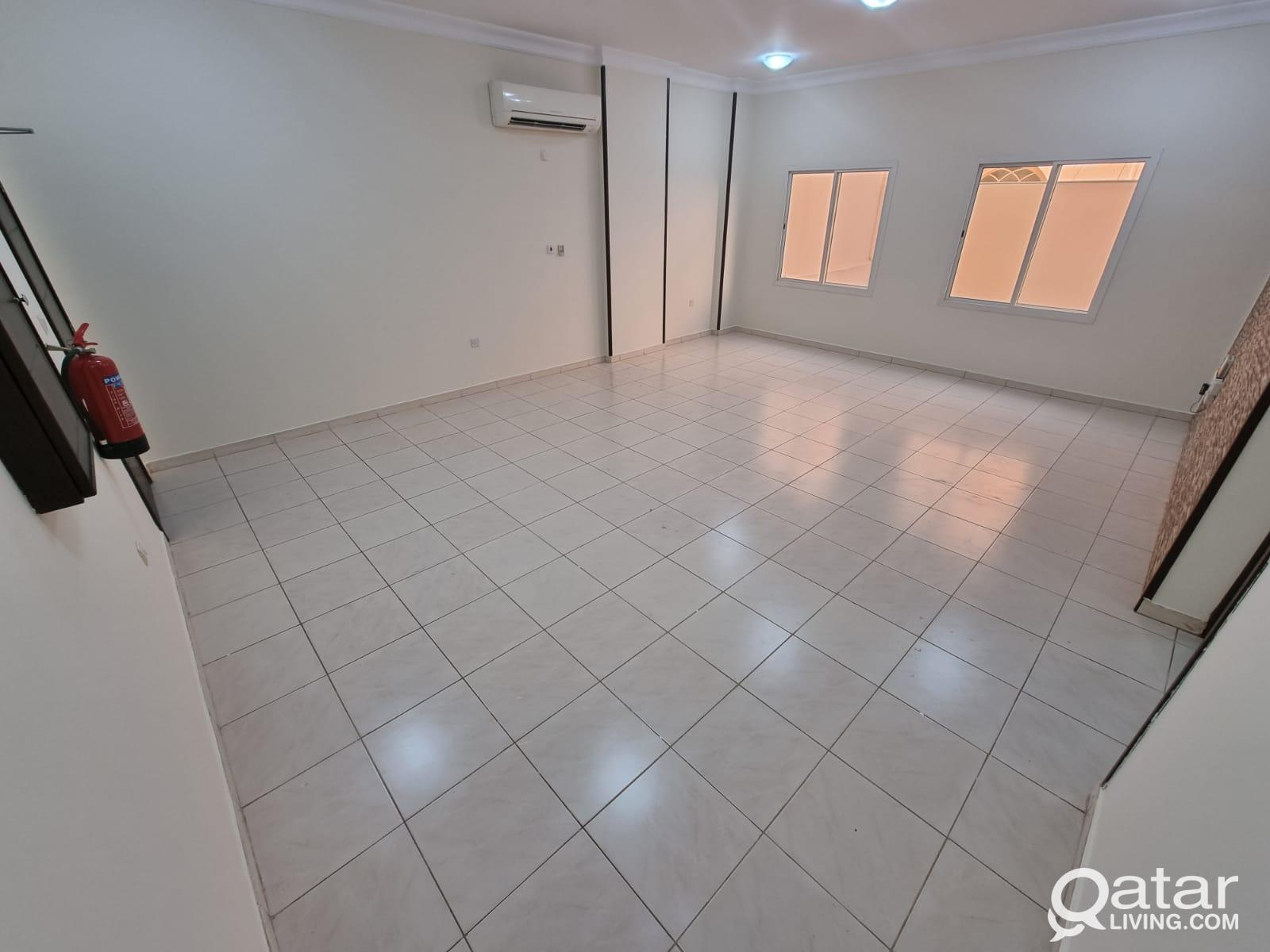 BEST CHOICE !! 2 bedroom for rent in Wakra (JW24)