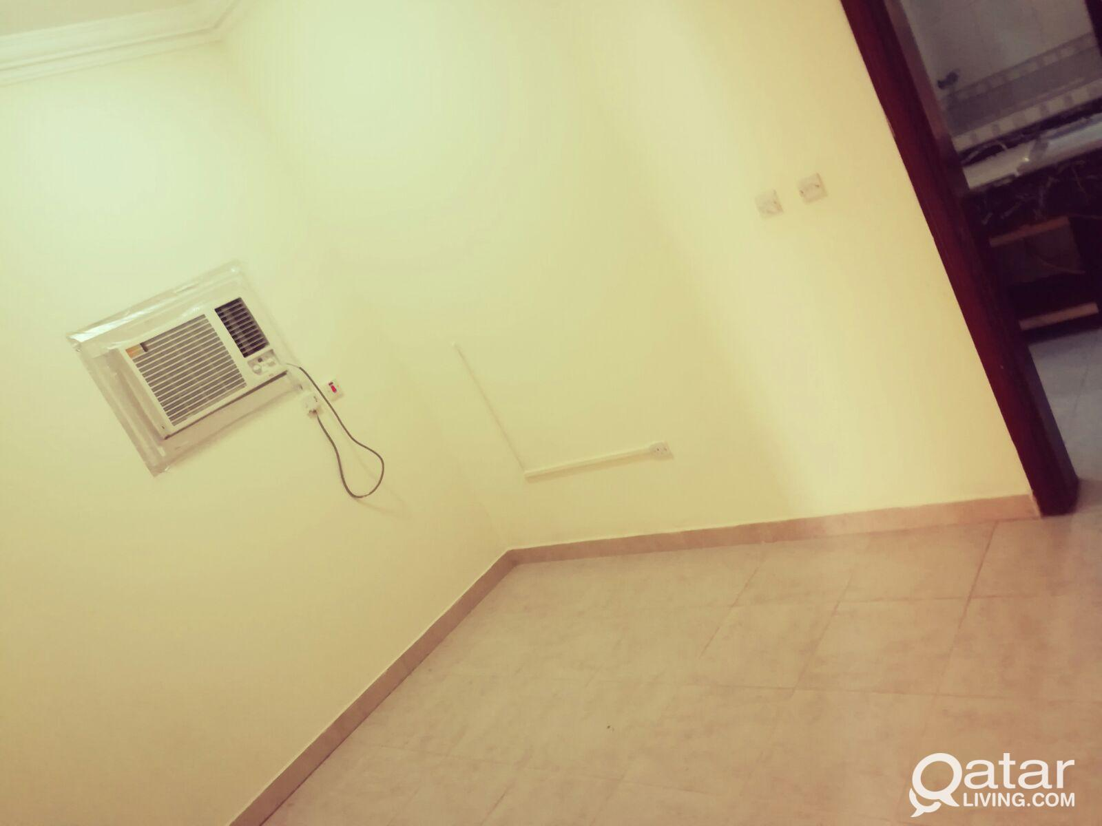 1 BHK FOR RENT IN THUMAMA-CLOSE TO E RING ROAD.!!!