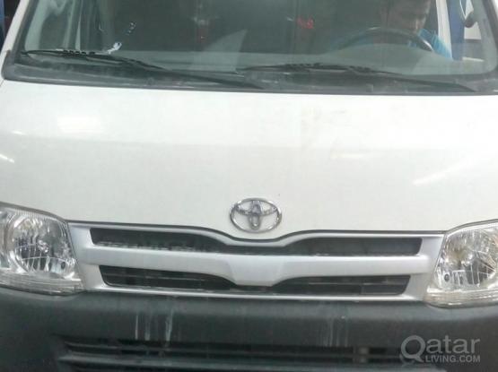 Toyota Hi-Ace 2012