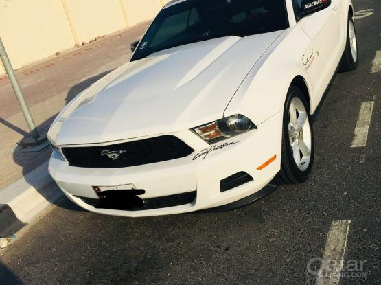 Ford Mustang Standard