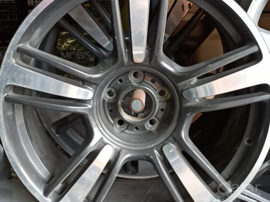 Rolls Royce Alloy wheel