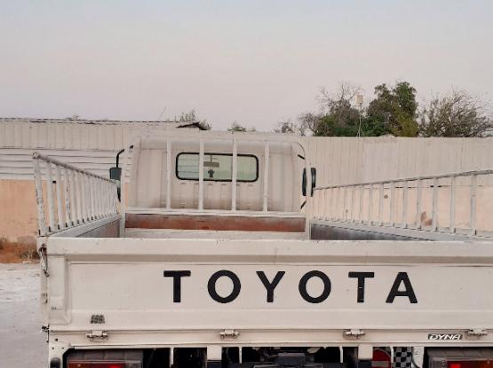 Toyota Alphard 2013