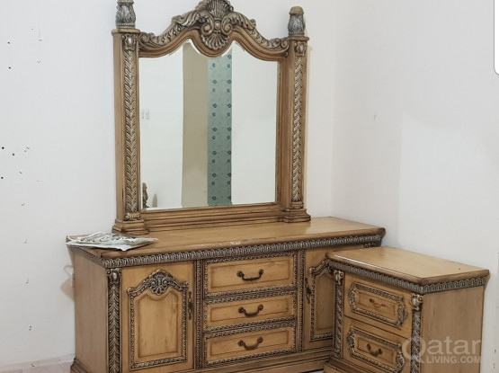 Dressing Table Good Quality 4Sale