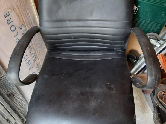 Office Chair (Black)