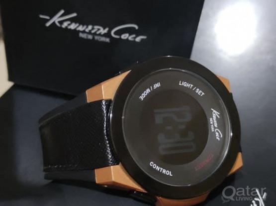 Kenneth Cole Smartwatch Black