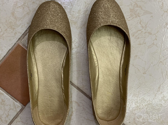 Golden Lady Shoes Size 40