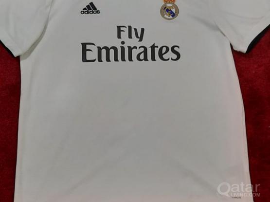 Adidas real madrid T-shirt and cap