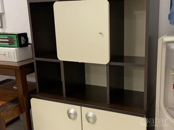 Elegant Bookshelf Perfect For Any Room