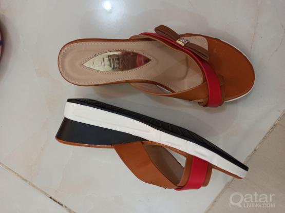 Branded 6 pair of slippers