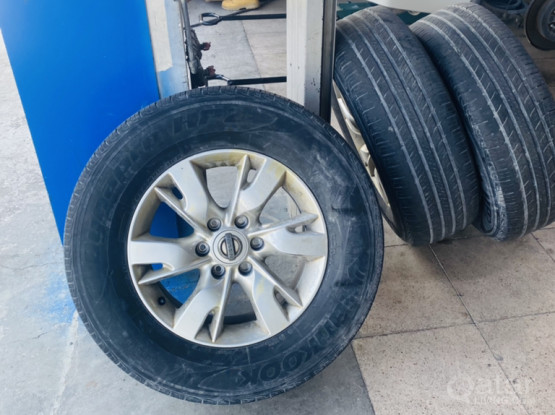 """18""""Nissan patrol wheels with tyres"""