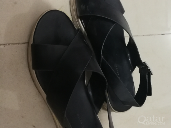 Charles and Keith sandals call 33831234