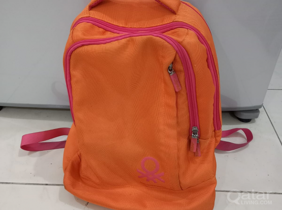 United Colors of Benetton bag call 33831234