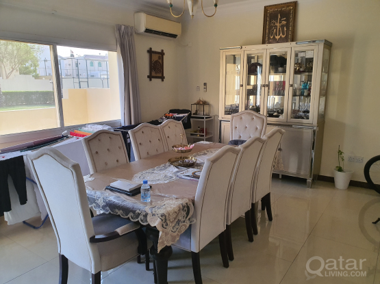 HOME CENTRE DINING TABLE + 8 CHSIRS+BOUFET
