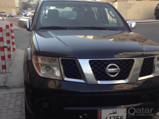 Nissan Pathfinder black - 2007 model 48K only