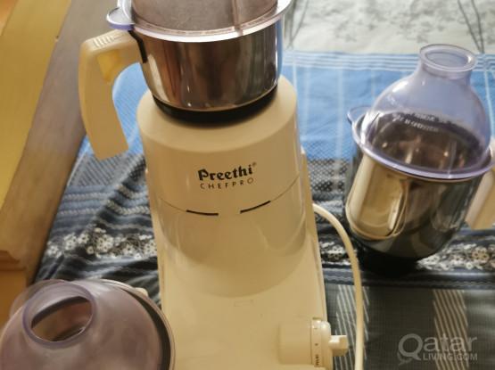 Mixer Grinder - Preethi Chefpro 750w( need a small repair)