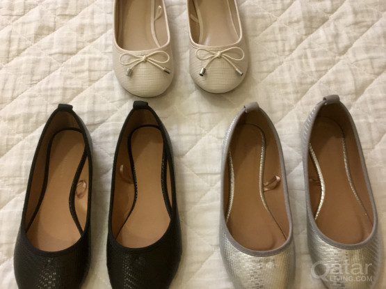 Girls Shoes (EUR 32 and 33) Like New!