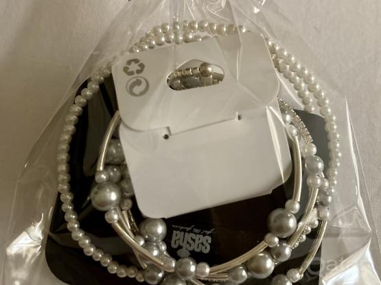 Brand New Girls Jewelry / Jewellery (2 Pieces)