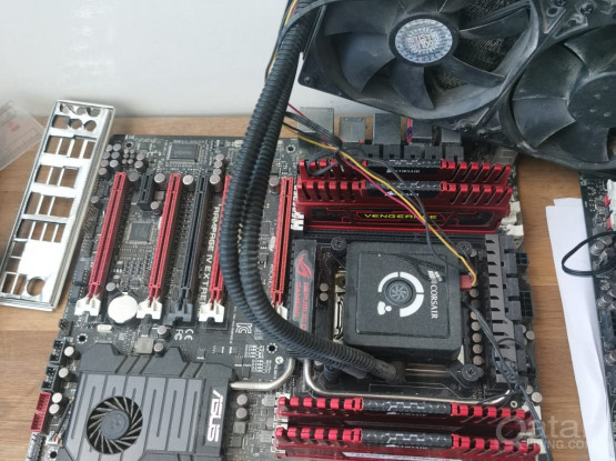 Core i7 3930k -Rampage IV motherboard -16 GB Ram -240 MM AIO
