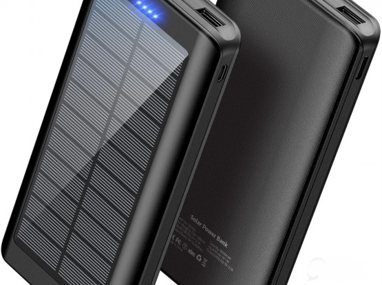 Solar charged power bank great for camping 30.000 mah brand new