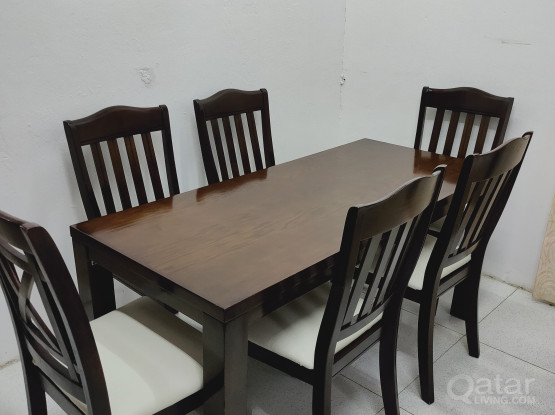 For sale table & 6 chairs