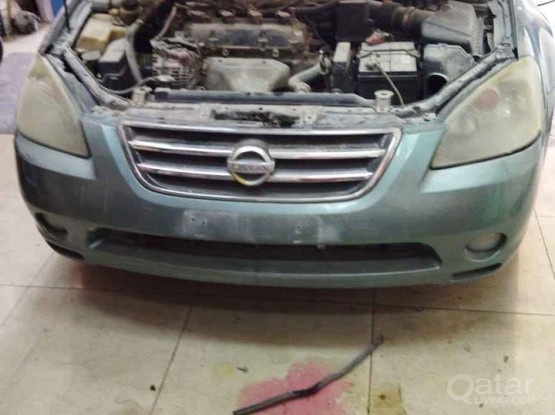 Nissan Altima 2005 automatic gear and other scrap for sale